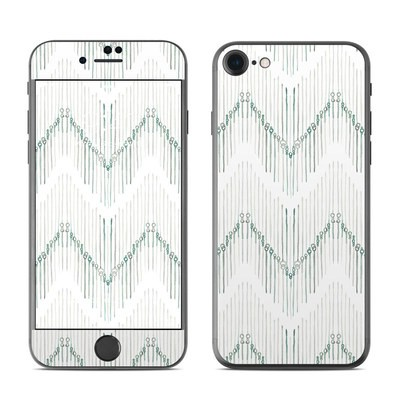 Apple iPhone 7 Skin - Chic Chevron