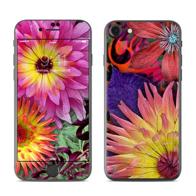 Apple iPhone 7 Skin - Cosmic Damask