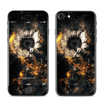 Apple iPhone 7 Skin - Flower Fury