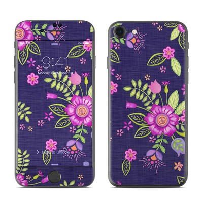 Apple iPhone 7 Skin - Folk Floral