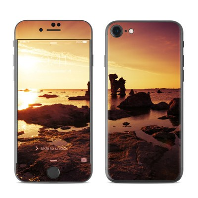 Apple iPhone 7 Skin - Gotland Rauks