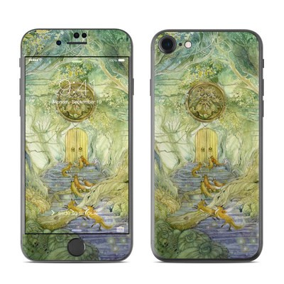 Apple iPhone 7 Skin - Green Gate