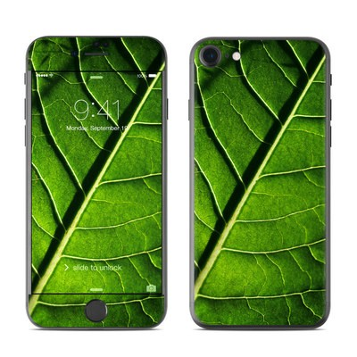 Apple iPhone 7 Skin - Green Leaf
