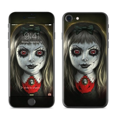 Apple iPhone 7 Skin - Haunted Doll