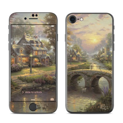 Apple iPhone 7 Skin - Sunset On Lamplight Lane