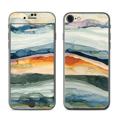 Apple iPhone 7 Skin - Layered Earth