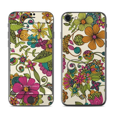 Apple iPhone 7 Skin - Maia Flowers