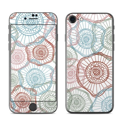 Apple iPhone 7 Skin - Micro Flowers