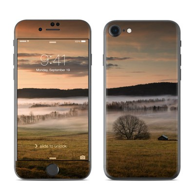 Apple iPhone 7 Skin - Misty Morning