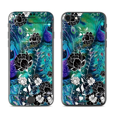 Apple iPhone 7 Skin - Peacock Garden