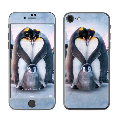 Apple iPhone 7 Skin - Penguin Heart