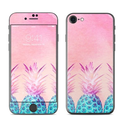 Apple iPhone 7 Skin - Pineapple Farm