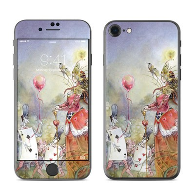 Apple iPhone 7 Skin - Queen of Hearts