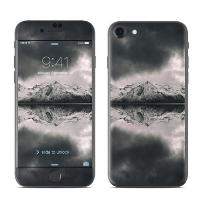 Apple iPhone 7 Skin - Reflecting Islands
