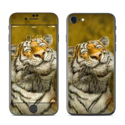 Apple iPhone 7 Skin - Smiling Tiger