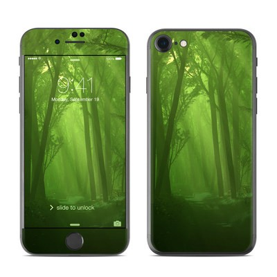 Apple iPhone 7 Skin - Spring Wood
