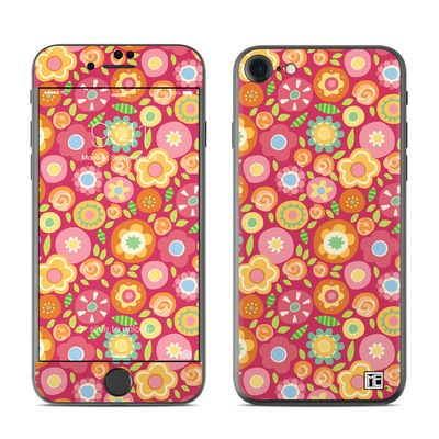 Apple iPhone 7 Skin - Flowers Squished