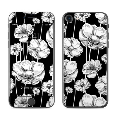 Apple iPhone 7 Skin - Striped Blooms