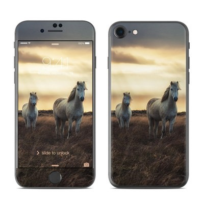 Apple iPhone 7 Skin - Hornless Unicorns