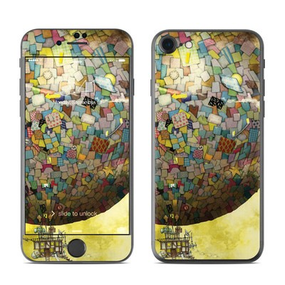 Apple iPhone 7 Skin - Up Up and Away