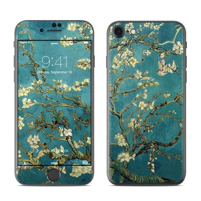 Apple iPhone 7 Skin - Blossoming Almond Tree