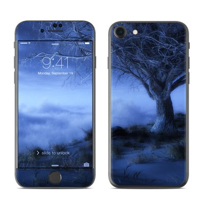 Apple iPhone 7 Skin - World's Edge Winter