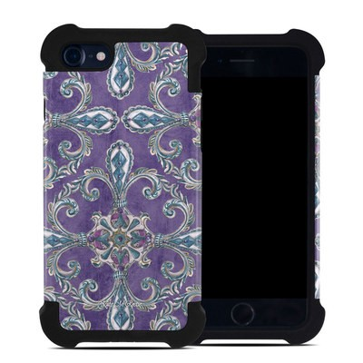 Apple iPhone 7 Bumper Case - Royal Crown