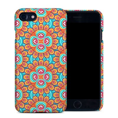 Apple iPhone 7 Clip Case - Avalon Carnival