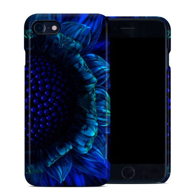 Apple iPhone 7 Clip Case - Cobalt Daisy