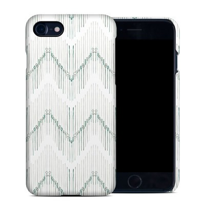Apple iPhone 7 Clip Case - Chic Chevron