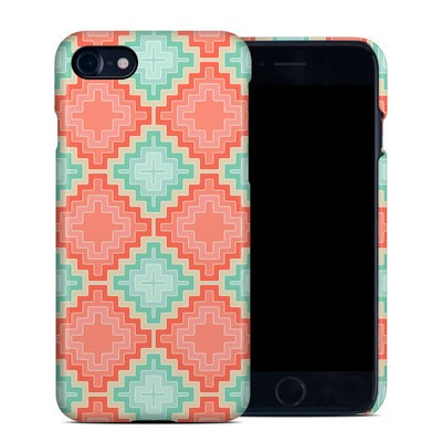 Apple iPhone 7 Clip Case - Coral Diamond