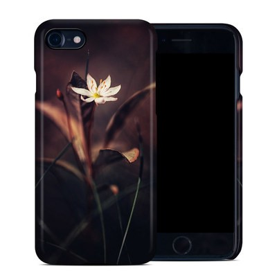 Apple iPhone 7 Clip Case - Delicate Bloom