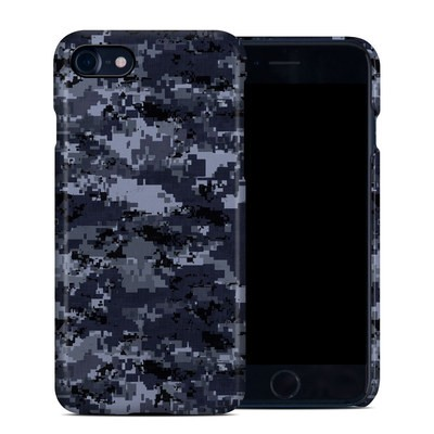 Apple iPhone 7 Clip Case - Digital Navy Camo