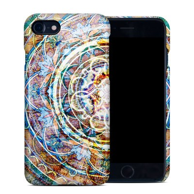 Apple iPhone 7 Clip Case - Mystical Medallion