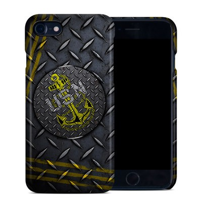 Apple iPhone 7 Clip Case - USN Diamond Plate