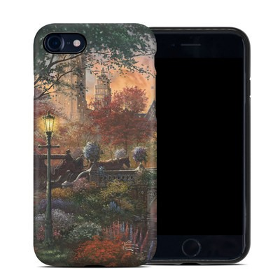 Apple iPhone 7 Hybrid Case - Autumn in New York