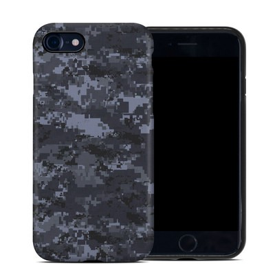 Apple iPhone 7 Hybrid Case - Digital Navy Camo