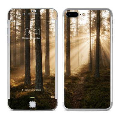 Apple iPhone 7 Plus Skin - Misty Trail