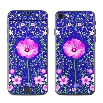 Apple iPhone 8 Skin - Floral Harmony