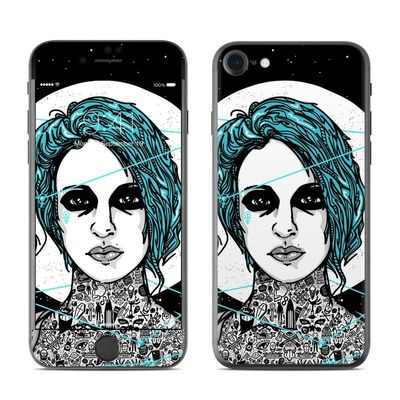 Apple iPhone 8 Skin - The Siren