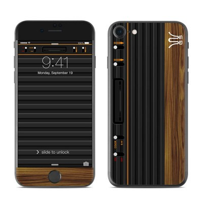 Apple iPhone 8 Skin - Wooden Gaming System