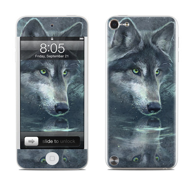 iPod Touch 5G Skin - Wolf Reflection