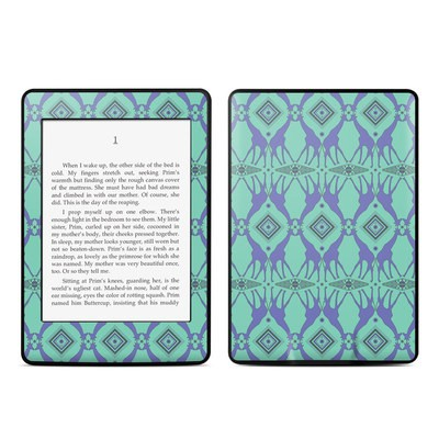 Amazon Kindle Paperwhite Skin - Tower of Giraffes