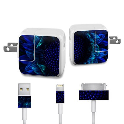 Apple iPad Charge Kit Skin - Cobalt Daisy