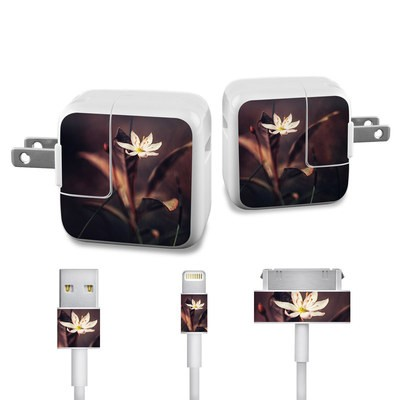 Apple iPad Charge Kit Skin - Delicate Bloom