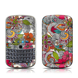 BlackBerry Bold 9930 Skin - Doodles Color