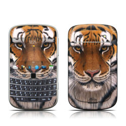 BlackBerry Bold 9930 Skin - Siberian Tiger