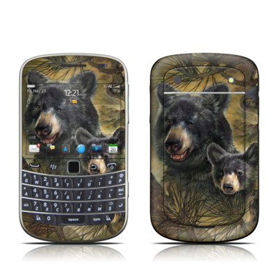 BlackBerry Bold 9930 Skin - Black Bears
