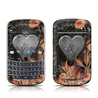 BlackBerry Bold 9930 Skin - Black Lace Flower