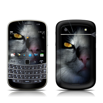 BlackBerry Bold 9930 Skin - Darkness